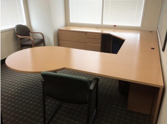 Houston knoll reff maple veneer u-shaped desk set - Office ...